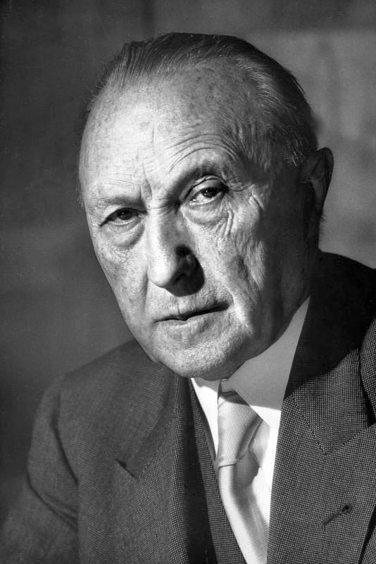 Konrad Adenauer despre diferite orizonturi