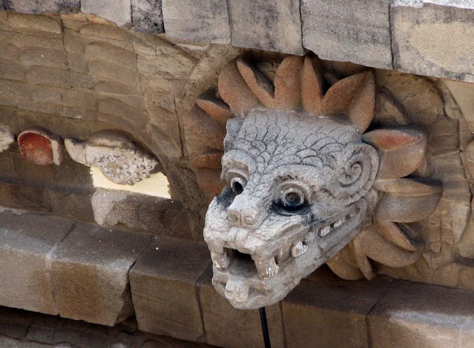Șarpele cu pene, divinitatea răspânită în toată Mesoamerica